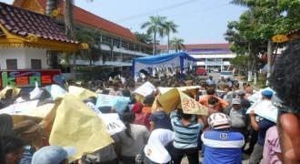FPI Demo Pemkab Garut Berantas Kemaksiatan