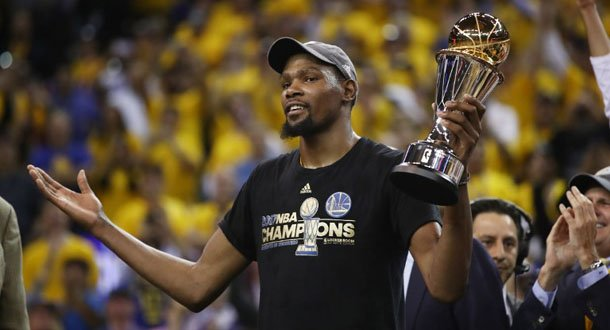 Kevin Durant Lengkapi Cincin Juara Warriors