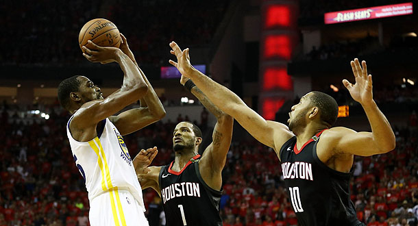 Sikat Rockets, Warriors Tantang Cavs di Final NBA