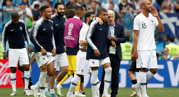 Deschamps Berpeluang Samai 2 Pelatih Legendaris